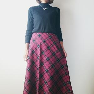 ユニクロのチェックフレアスカートが早くも新価格に!この可愛さでまさかの1290円!