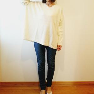 【ユニクロ】リブボクシーVネックロングセーターがゆるシルエットでかわいい♡