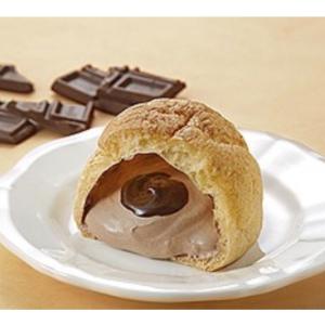 【期間限定】モンテール×HERSHEY'S「ダブルチョコシュークリーム」のチョコ感がハンパない♥