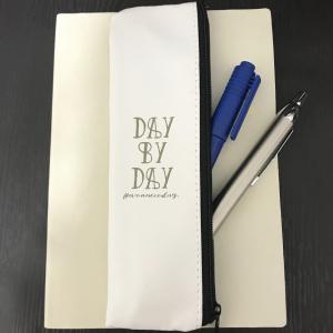 【3COINS】天才の発想!?手帳にくっつくペンケースが画期的すぎる!!