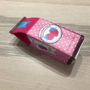 【ダイソー】「牛乳パック型ペンケース」が可愛すぎる♥苺・バナナ・牛柄の3種類♥