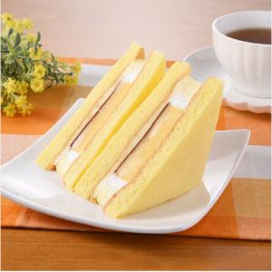 【ファミマ】「ぶ厚いプリンのケーキサンド」のぶ厚さがマジハンパない!これだけで満腹になりそう!!