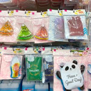 【ダイソー】「デザイン保冷剤」がかわいすぎる♡種類も豊富でまとめ買いしたくなる♪
