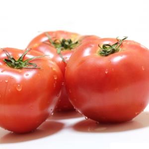 【食べる日焼け対策】体の内側からUVケアをする食べ物BEST12!「赤い食材が紫外線に有効!」