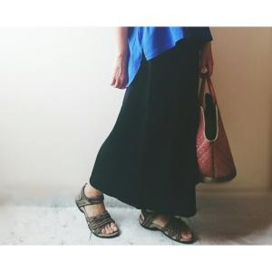 【GU】高見えする「リブラップミディスカート」が590円に値下げ中!色違いでまとめ買いもアリかも!