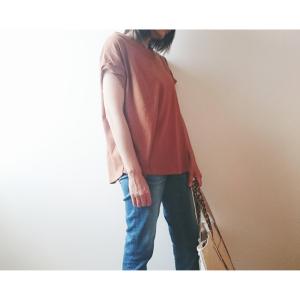 【アメリカンホリック】袖のねじりデザインが可愛い2WAYトップスはプチプラなのに高見えが叶う♪