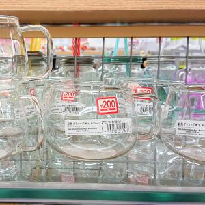 【ダイソー】シンプルな「耐熱ガラスマグ」は大容量なのに軽くて使い勝手バツグン!