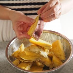 【手作りスイーツ】簡単レシピさつまいもトリュフが激ウマすぎる!材料はさつまいも、板チョコ、バター!