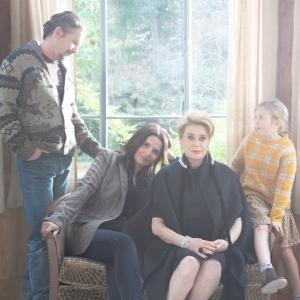 是枝裕和監督の最新作『真実』はパリの家族の物語!大女優カトリーヌ・ドヌーブがとってもチャーミング!