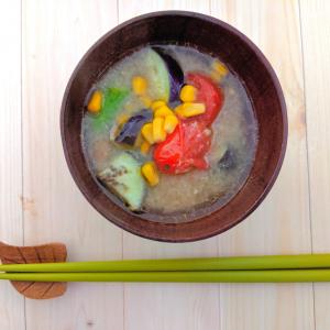 【ヒルナンデスレシピ作ってみた】ツナ缶でだしをとる「洋風おかず味噌汁」が具だくさんで旨味満点