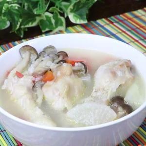 【簡単煮込み料理】手羽元でお手軽「サムゲタン風スープ」の作り方!風邪予防、美肌に!【動画付き】