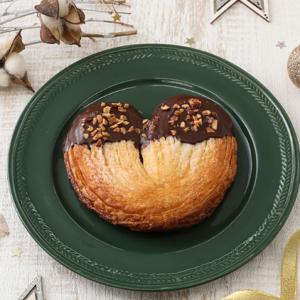 【セブン】ハート型のかわいいデニッシュ「Doki×2チョコナッツ」が登場!さっそく食べてみた♡