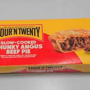 【コストコ】電子レンジで2分の手軽さ。お肉がたっぷりの「アンガスビーフパイ」は満足度◎