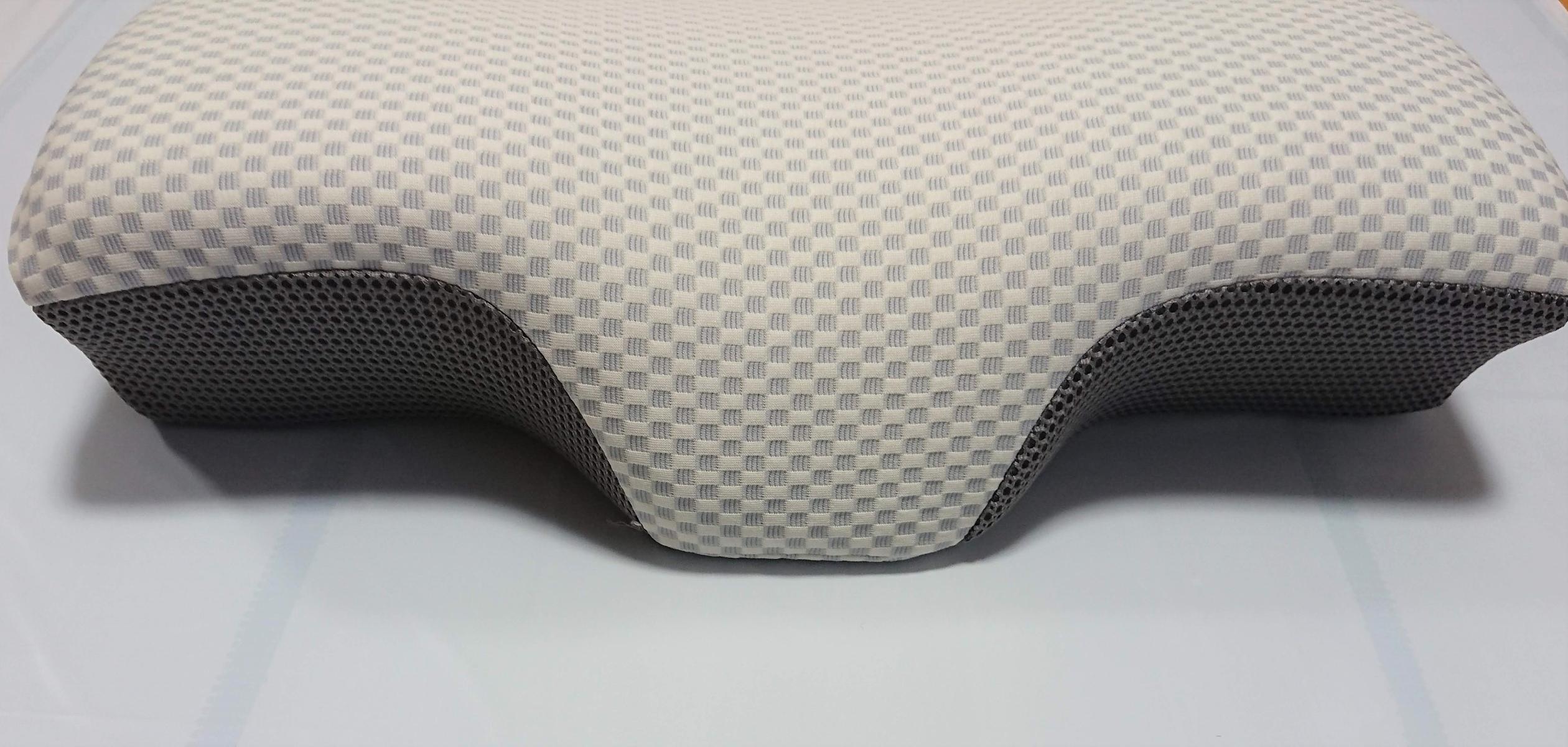 枕 ニトリ 横向き