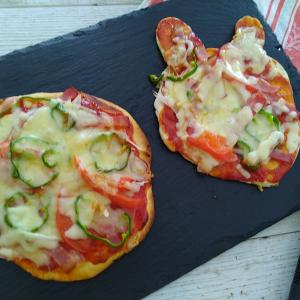 ピザミックスで、子どもと一緒に楽しく、簡単お昼ごはんづくり!