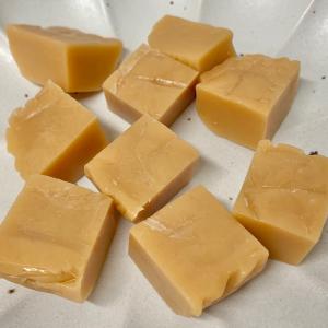 材料2つ!砂糖不使用で嬉しい♪子どもと一緒に「ミルクキャラメル」を作ろう #おうち時間を楽しむ