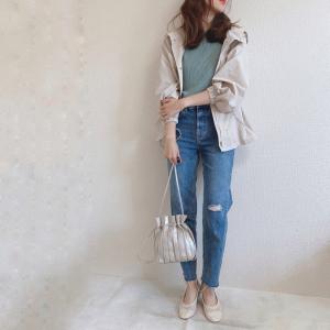 【GU】トレンドのプリーツバッグは持つだけでおしゃれに!長財布も入るサイズ感が嬉しい!