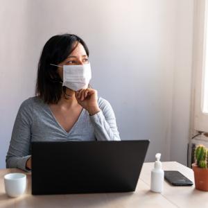 マスクで肌荒れする人が増えている!? コロナストレスに負けない肌作り