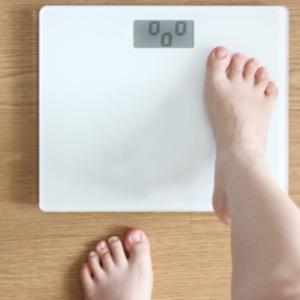 【40代のダイエットは簡単じゃなきゃ!】今日始められる解消法4つ