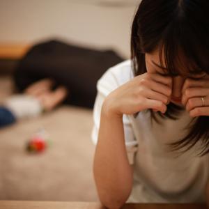 育児がツライ!その気持ち、言えていますか?「母親の孤育」を防ぐ方法
