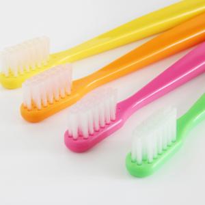 歯ブラシにはトイレの80倍の細菌が!歯医者も勧める見落としがちな「歯ブラシ除菌」