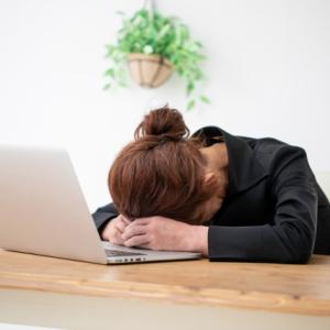 腰痛・頭痛を感じていない?新しい生活様式で疲れをためている人が急増!対策は?