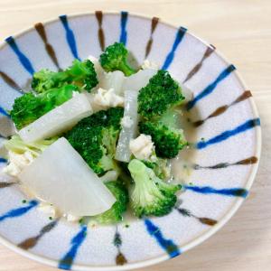【冷凍パックで簡単ひとりごはん!豆腐編】麻婆豆腐やいり豆腐が4分で完成!冷凍豆腐の食感を楽しんで