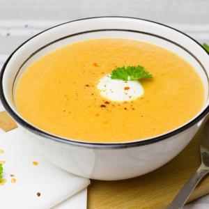 【肌寒い日の朝食】混ぜるだけ&食事の代わりに!あったかスープレシピ5選