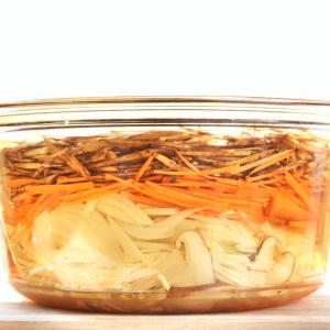 【週末に作り置き】ダイエットに最適・美容成分と食物繊維の宝庫!ごぼうの重ね煮
