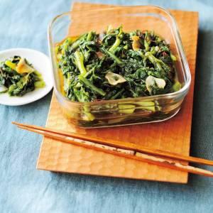 冬野菜の「春菊」を使ったアレンジレシピ|鍋に入れる以外にも使い方はたくさん!