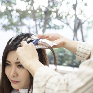 美容師に聞いた「サロンで白髪染め」意外と知らないカラーオーダーの極意とは #私たちの白髪問題