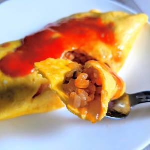 卵で包まなくてもOK!時短でできるフワとろオムライスの作り方4選