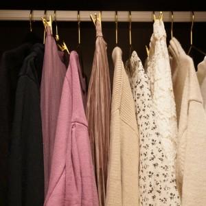 朝のコーデ時間を短縮!クローゼットもスッキリ!服を買うときの 「絞り」ルール