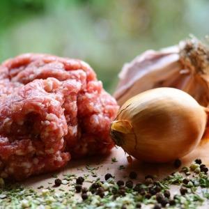 こねなくてOK!煮込まなくてもOK!時短で作れるひき肉レシピ3選