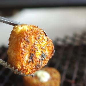 醤油味だけじゃない!カリカリ香ばしい焼きおにぎりアレンジレシピ