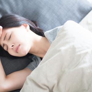 30代後半から要注意!朝起きると寝汗がすごいのは更年期が原因?医師が教える寝汗を改善する方法とは