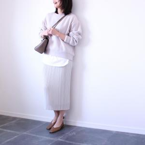 「ユニクロのプリーツスカート」で着痩せコーデ#スタイリスト高橋愛の着こなしテク|vol.33