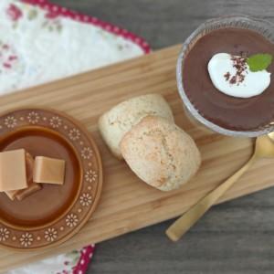 材料たったの2つ!余った生クリームでつくる、失敗知らずの絶品「濃厚チョコムース」