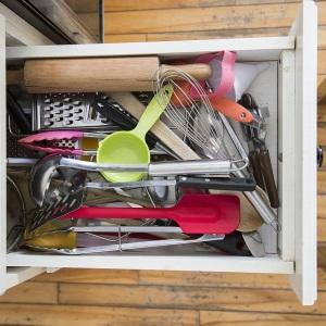 キッチンで使いたいものがすぐに見つからない&取り出しにくい!今よりグッと料理しやすくなる5つのヒント