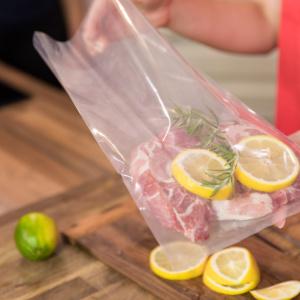 【ポリ袋調理の簡単レシピ】一度に2〜3品作れて、洗い物もラクチン!疲れた日はポリ袋に入れて湯煎するだけで完成!