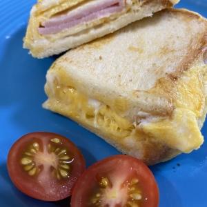 韓国で大人気!朝ごはんにぴったりなフライパン1つでできる「ワンパントースト」が簡単でボリューム満点!
