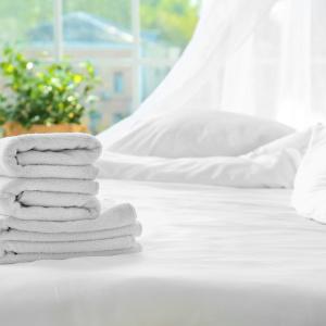 """シーツやカーテンをそのまま洗濯機に入れるのはNG!花王担当者が教える""""梅雨の大物洗濯術"""""""