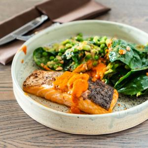 魚料理もドレッシング漬けなら簡単!夜慌てなくて済む、朝漬けておくだけの「鮭のごまドレソテー」