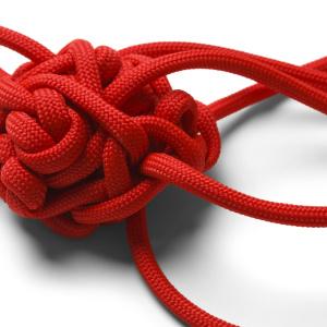 """ほどけなくてイライラ…をスッキリ解消!固く結んだ紐を簡単に解くために必要な""""たった1つの道具""""とは"""