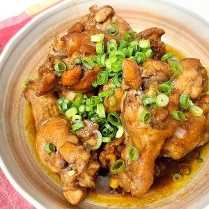 食欲がない日にもぴったり!ウスターソースで簡単に作れるホロホロ柔らかい「鶏手羽元のさっぱり煮」
