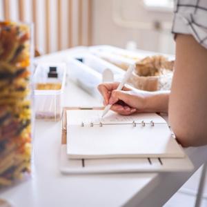 家事に追われる時間を削減して自分時間を増やせる!「魔法の家事ノート」の作り方