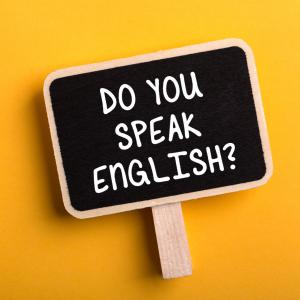 おうち学習で英語力がぐんぐん伸びる!挫折ナシで続けられる「ひとりごと」英会話練習法とは?