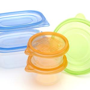 プラスチック容器のニオイが取れない!家にある白いモノで簡単に取る裏ワザ