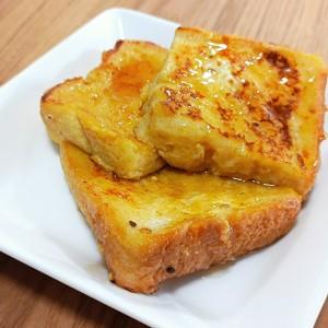 フレンチトーストの隠し味に入れるとコクが深まる、冷蔵庫に残りがちな「たれ」とは