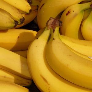 【衝撃】常識を覆す!本当の【バナナの剥き方】あなたは知ってる?